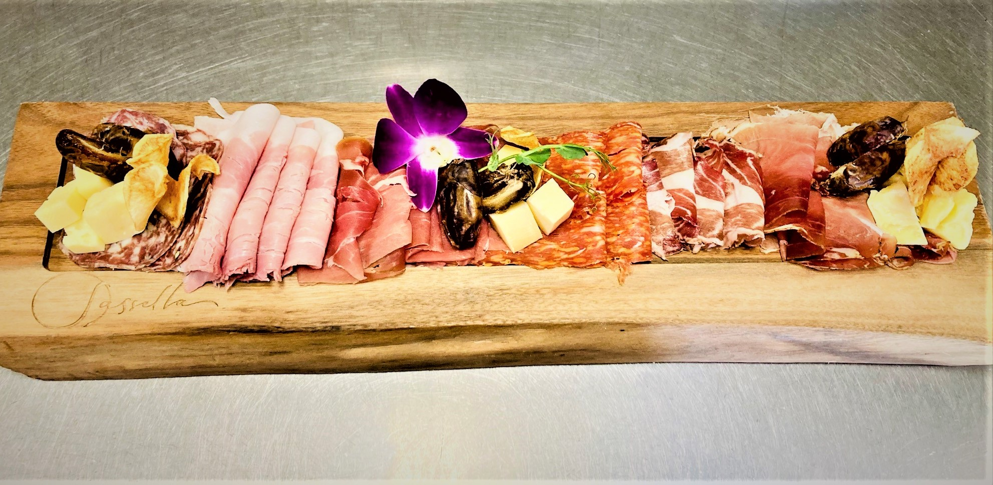 LET US ASSEMBLE YOUR PERFECT ANTIPASTO PLATTER FOR YOUR NEXT GET TOGETHER!