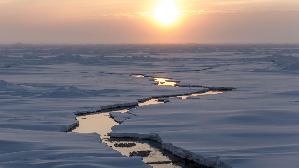 Arctic sea ice breaking up
