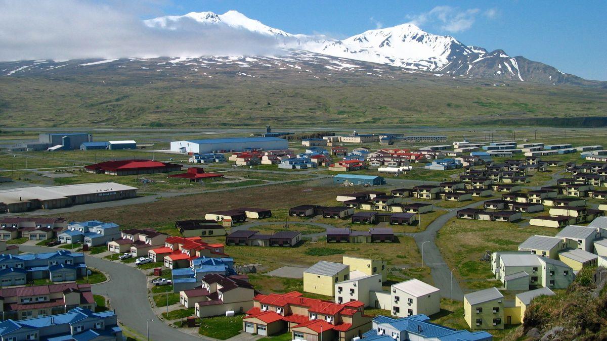 Photo of the Aleut town Adak