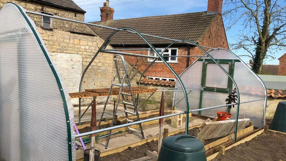 3m x 6m Keder Greenhouse part DIY Assembly