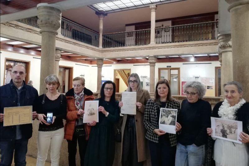 Familias deportados galicia - Ourense