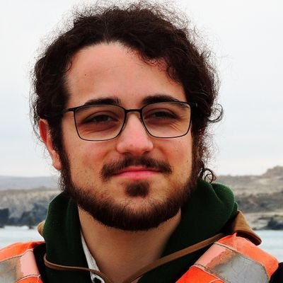 My name is Luca, I am an astrophysicist and a Martian PhD student in Rome working on the data of the Esa's Mars Express and ExoMars missions. I am very proud to have been selected for this role for #EPSC2020 to have a part in creating a network among who loves planetary science!