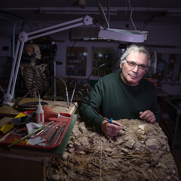Anthropologist Israel Hershkovitz during excavations in his lab at Tel Aviv University