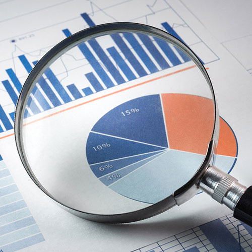Inspecting graph information with a magnifying glass