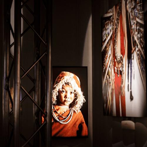beeld uit de expo 'the world of Steve McCurry'