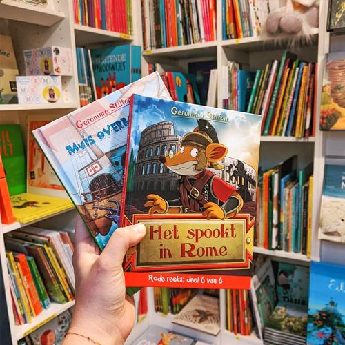 boeken in boekenwinkel pardoes