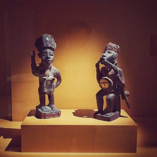 Congolese beeldjes in het MAS