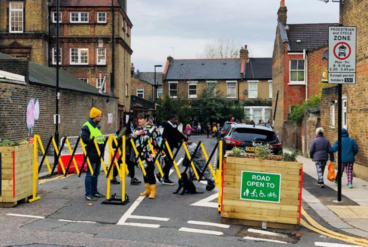 Almost 350 School Streets have been delivered across London with funding from Transport for London (TfL) and the boroughs since April 2020