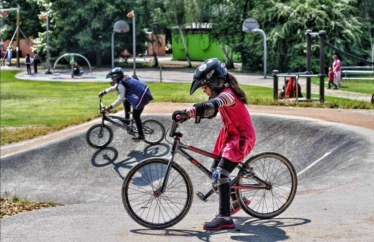 TfL and The London Marathon Charitable Trust award funding to 60 groups to encourage active travel