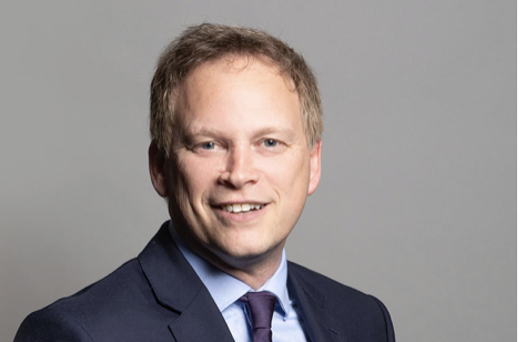 Christmas travel measures aim help passengers travel safely, says Shapps