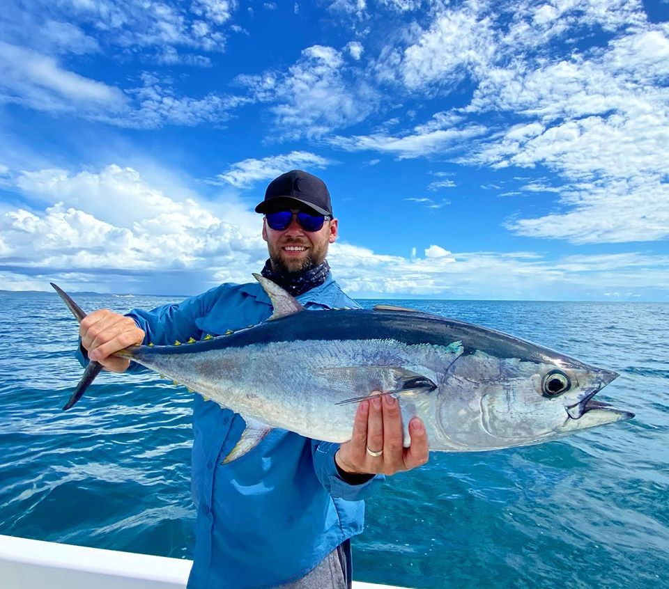 School size longtail on the Fraser Coast