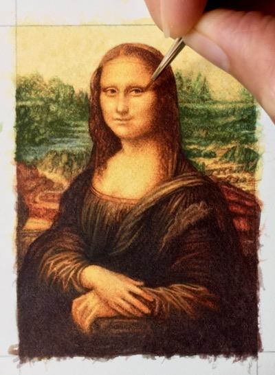 Rachelle Siegrist painting the Mona Lisa in miniaure