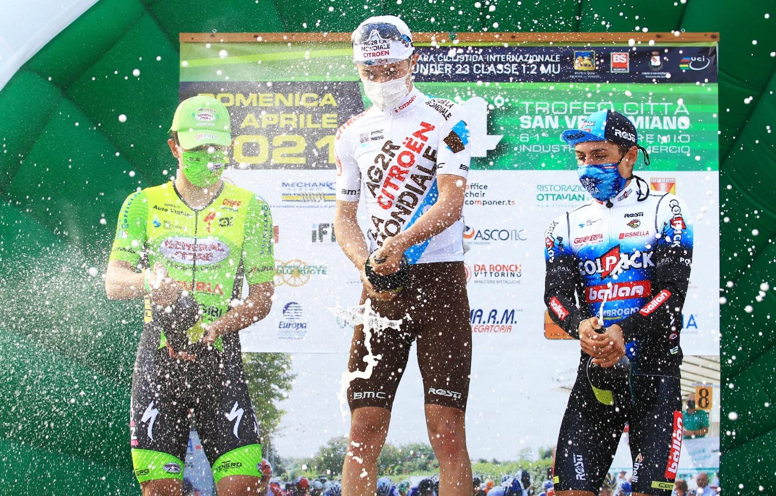 Mattia Petrucci festeggia il suo risultato di livello internazionale a San Vendemmiano