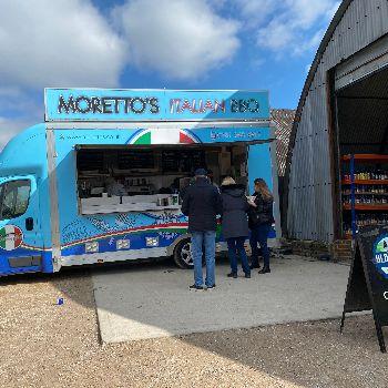 Morettos Italian food truck