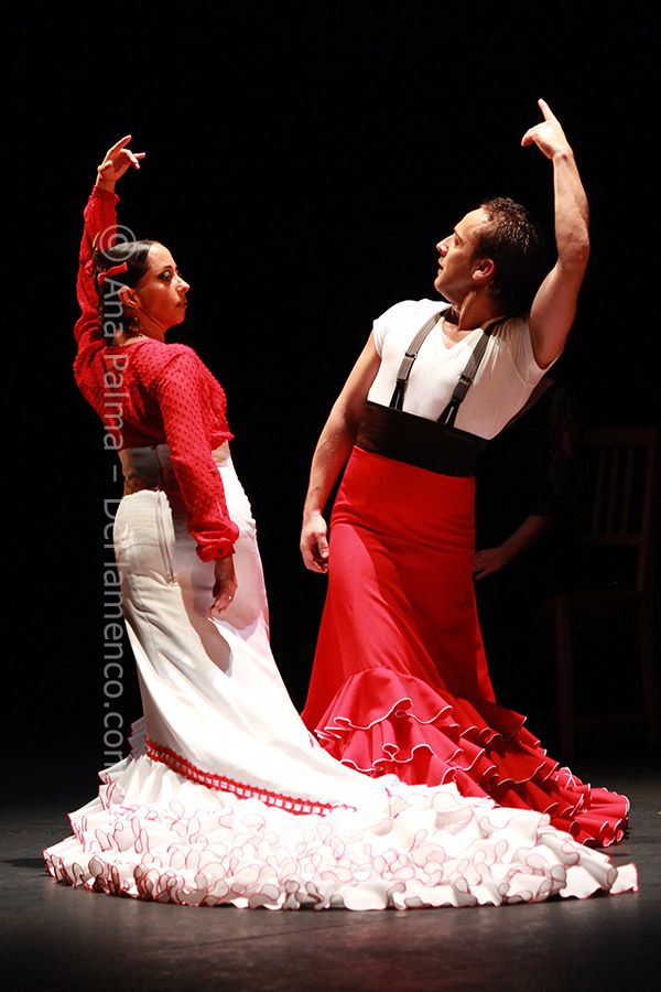 Dancers Belen Maya and Manuel Liñan performing with bata de cola. Although it was traditionally a female-only costume. Dancers such as Manuel Liñan have introduced it as a masculine asset as you can see in these picture.
