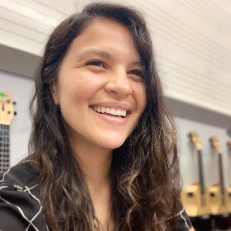 Kristina Abella Rey Headshot