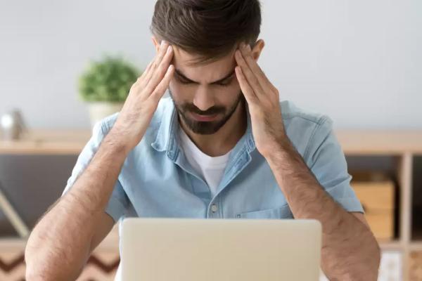Duizenden Nederlanders slachtoffer van webwinkel- en beleggingsfraude