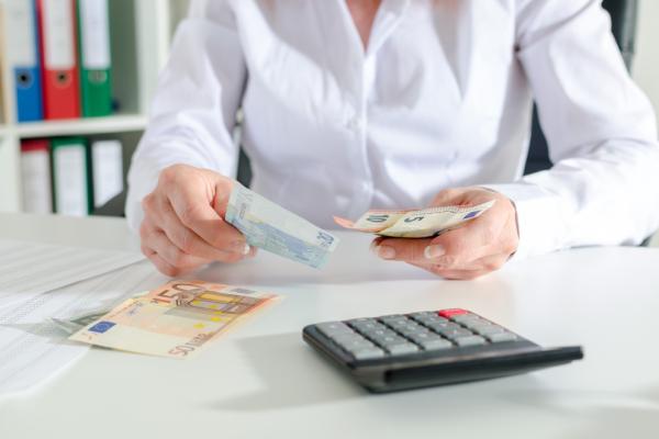 1 op 7 Nederlanders lijdt financiële schade door phishing