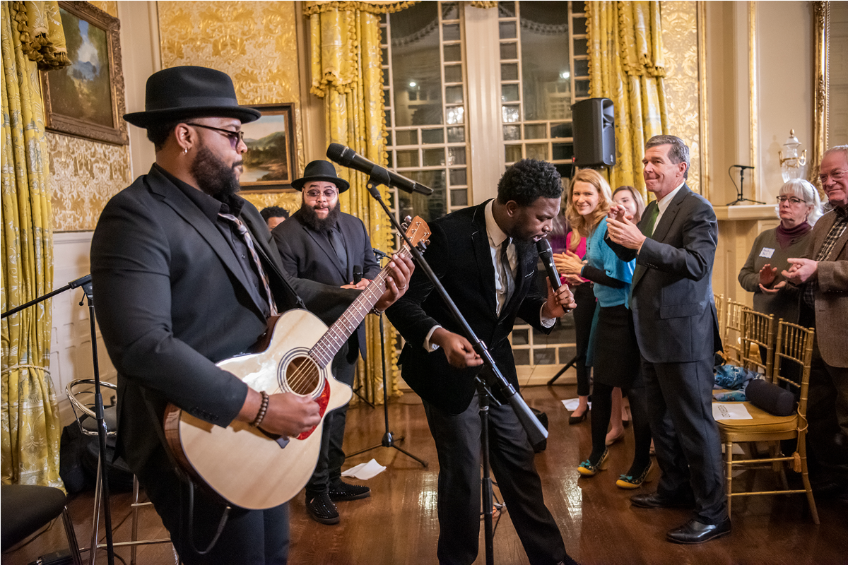 The Hamiltones performing at the Governor's Mansion