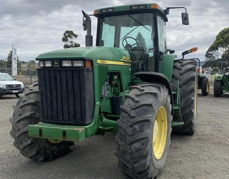2001 John Deere 8110 Tractor