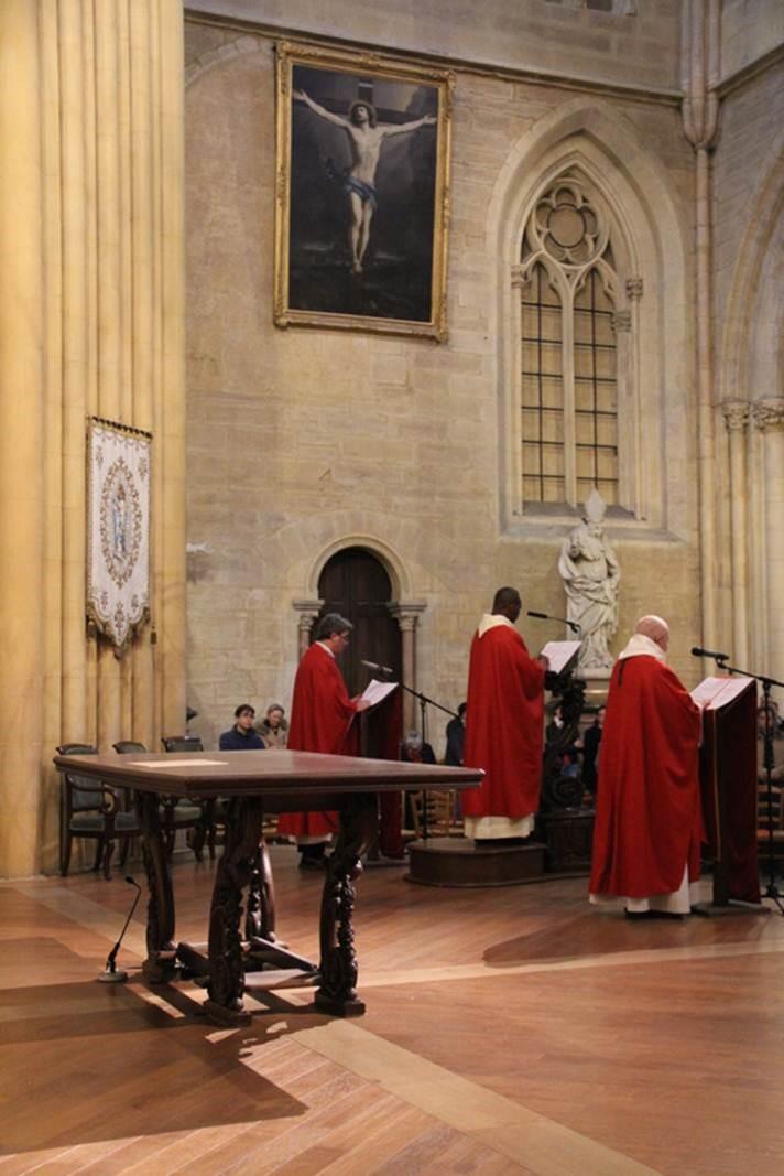 Vendredi Saint - Lecture de la Passion
