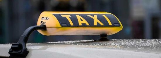 How to Regulate Taxis on Common Property