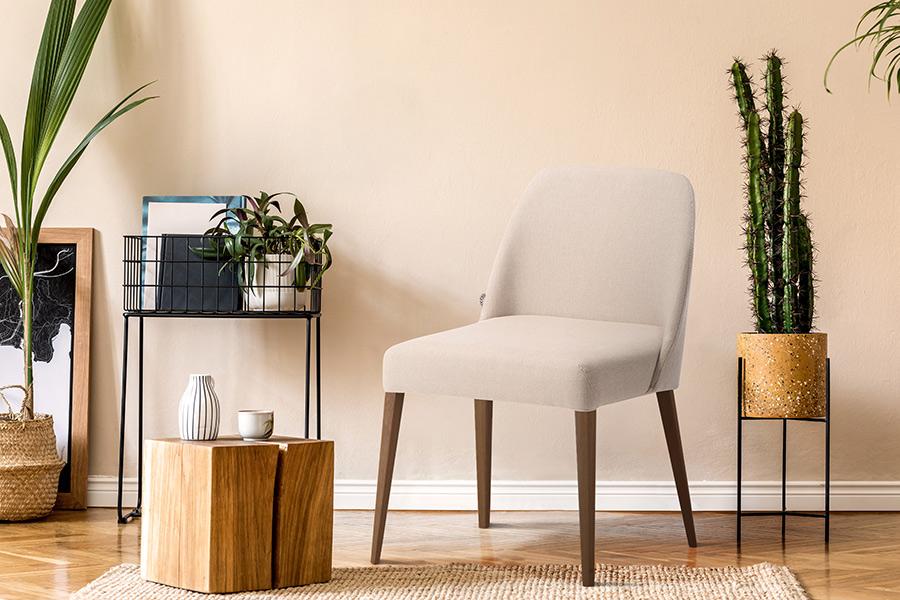 cadeira-rosini-base-amendoa-e-tecido-bege