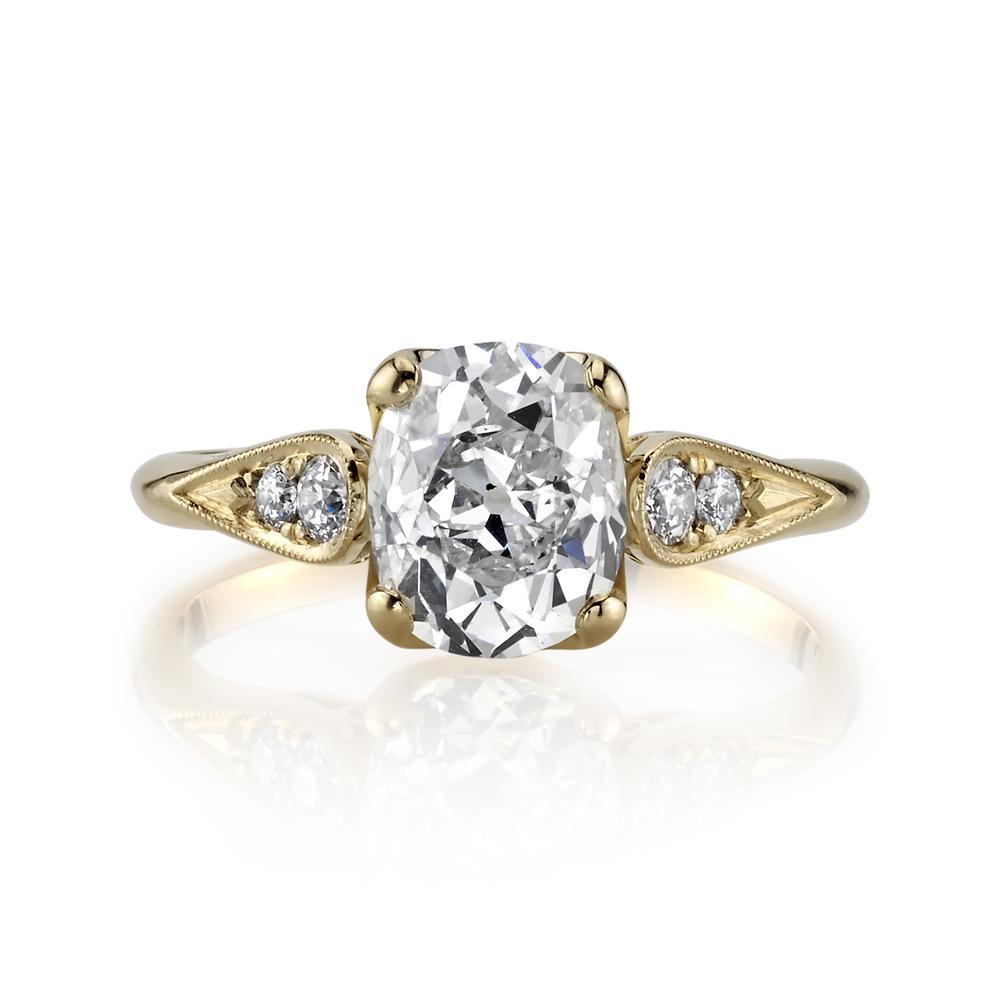 a gold a diamond ring
