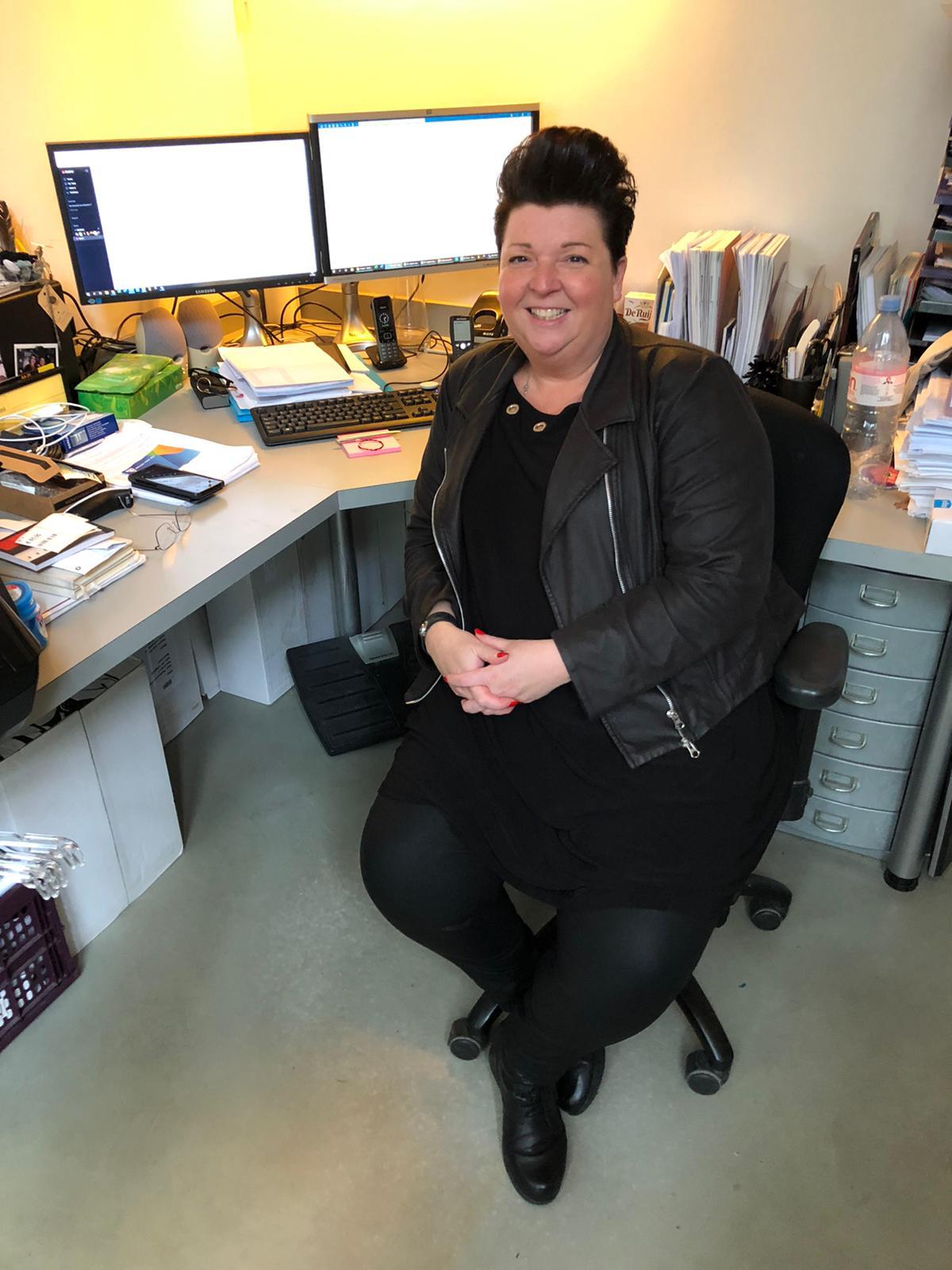 Sharon verteld over haar werk bij en haar zaak naron