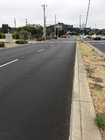 Richmond Parkway between Ohio and Macdonald Ave northbound striping