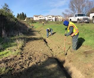 V-Ditch clean up Hilltop Lake