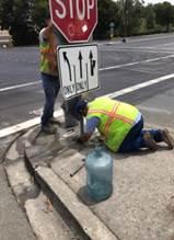 Klose way median Stop sign knock down repair (2)