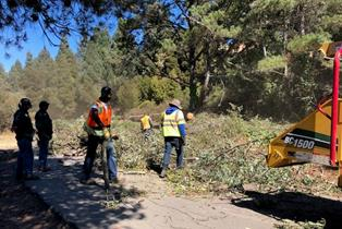 Hilltop Lake clean up