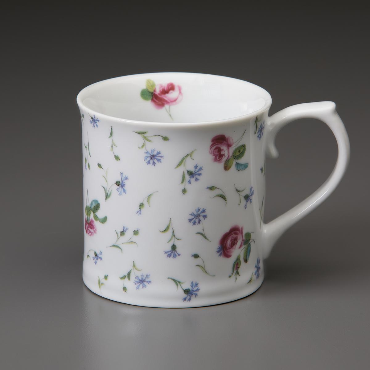 White porcelain mug with flowers