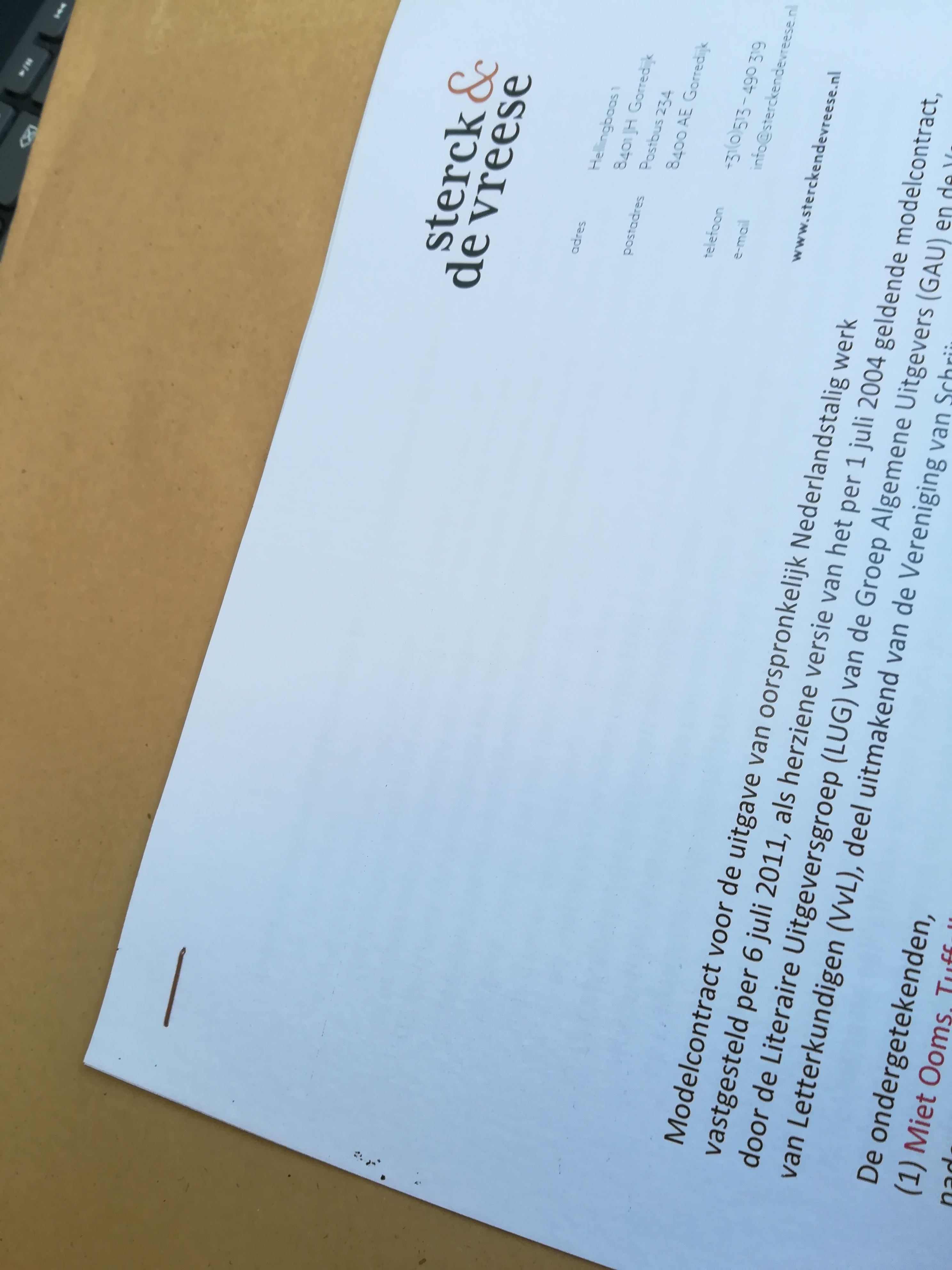 Contract met uitgeverij Sterck & De Vreese