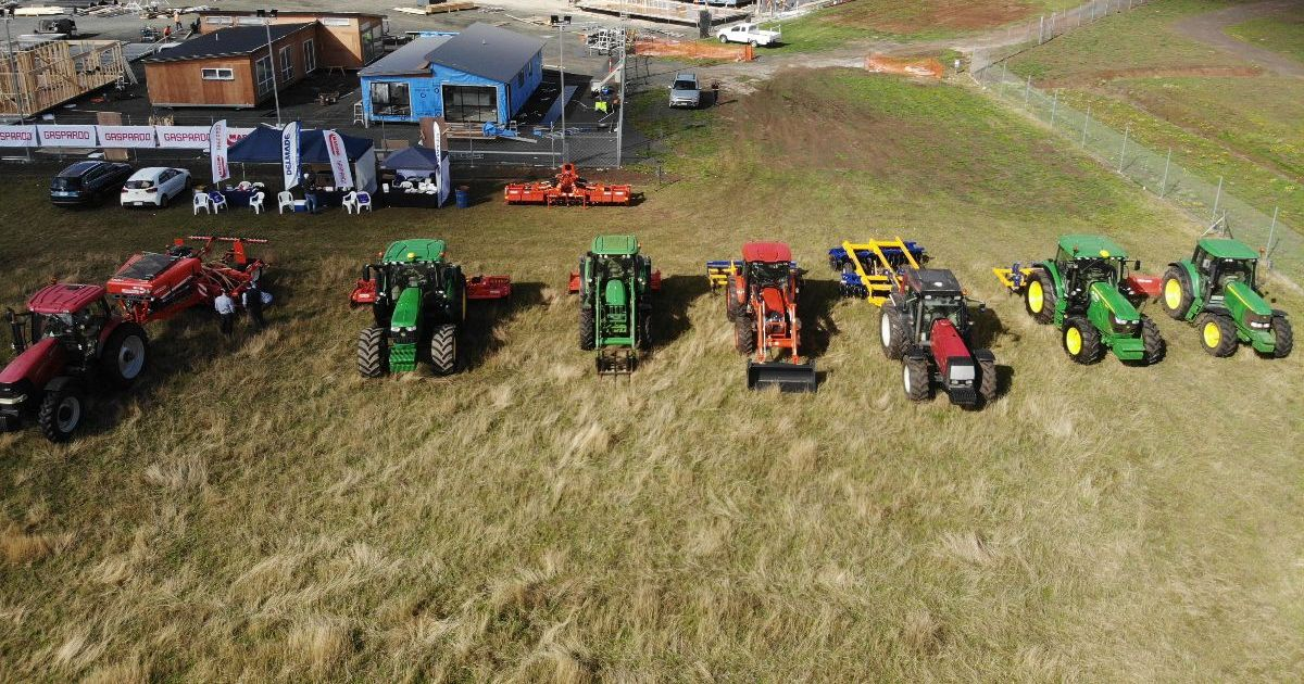 Delmade Demo Day - Tractor Line Up