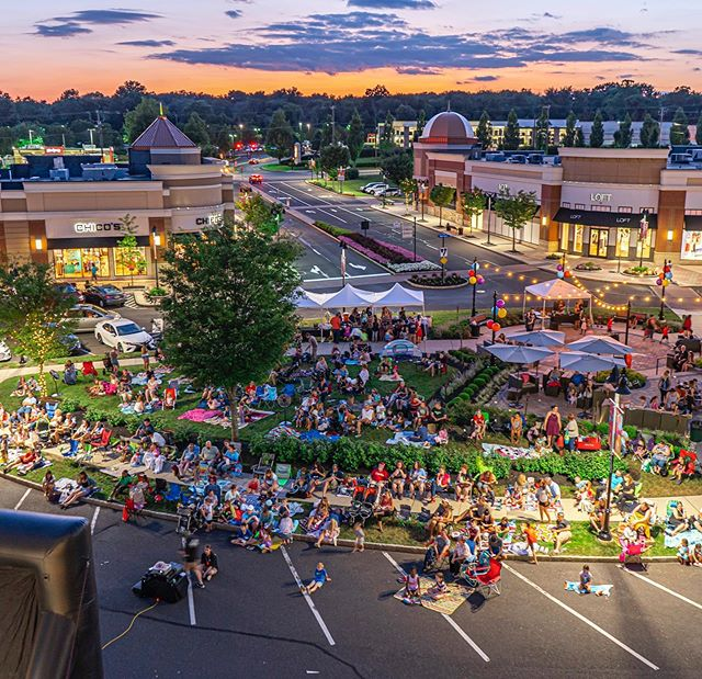 Shops at Valley Square Movie Night