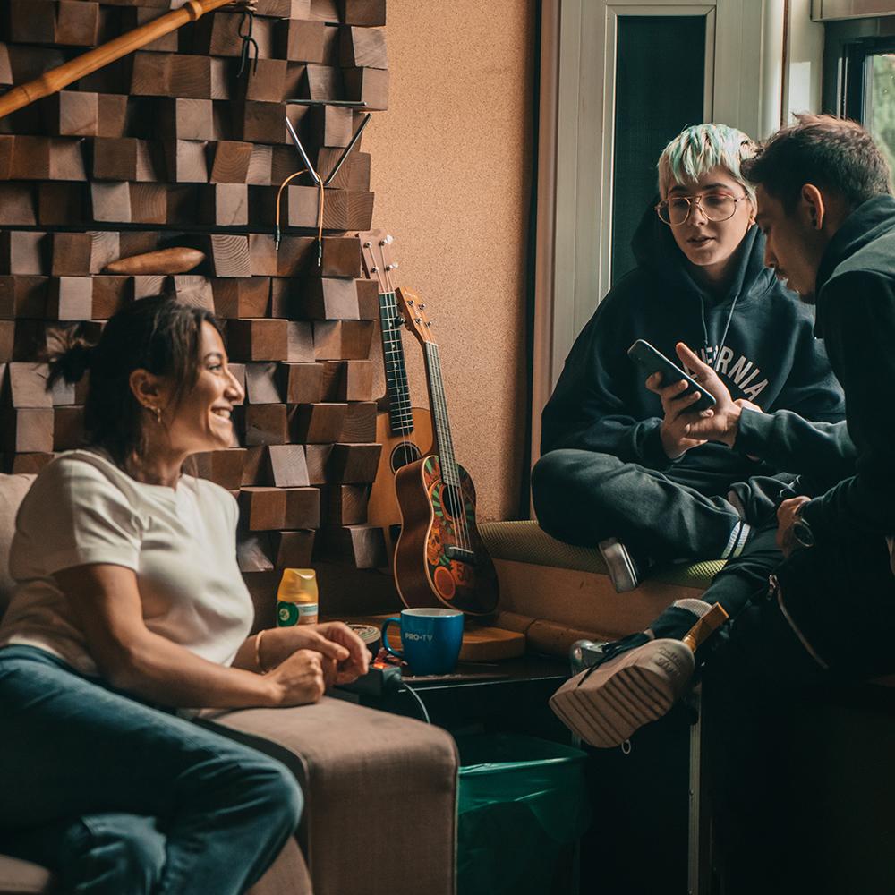 {focus_keyword} RUBY, JO, MIRA și AMNA sunt o parte dintre artiștii care participă la primul Creative Camp Seassion din acest an organizat de Cat Music în parteneriat cu HaHaHa Production c0a632d0 e5fb 487e a8ef 4f0e367b66cd