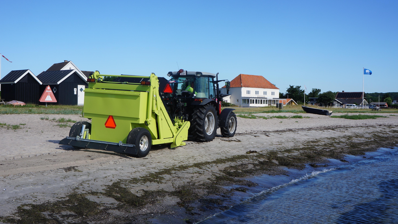 KommuneNyheder - Blå Flag-strande holdes hvide med ny maskine