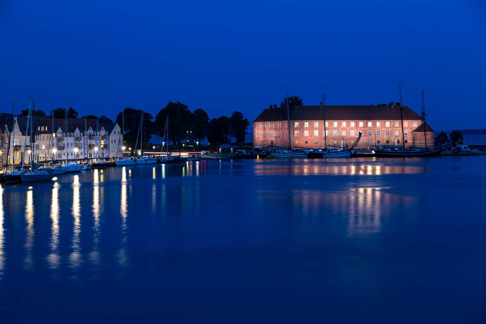 KommuneNyheder - Der kommer lys på Sønderborg Slot