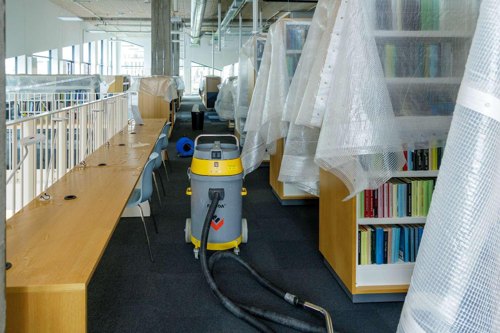 Multikulturhusets vandskade giver udvidede åbningstider på lokalbibliotekerne