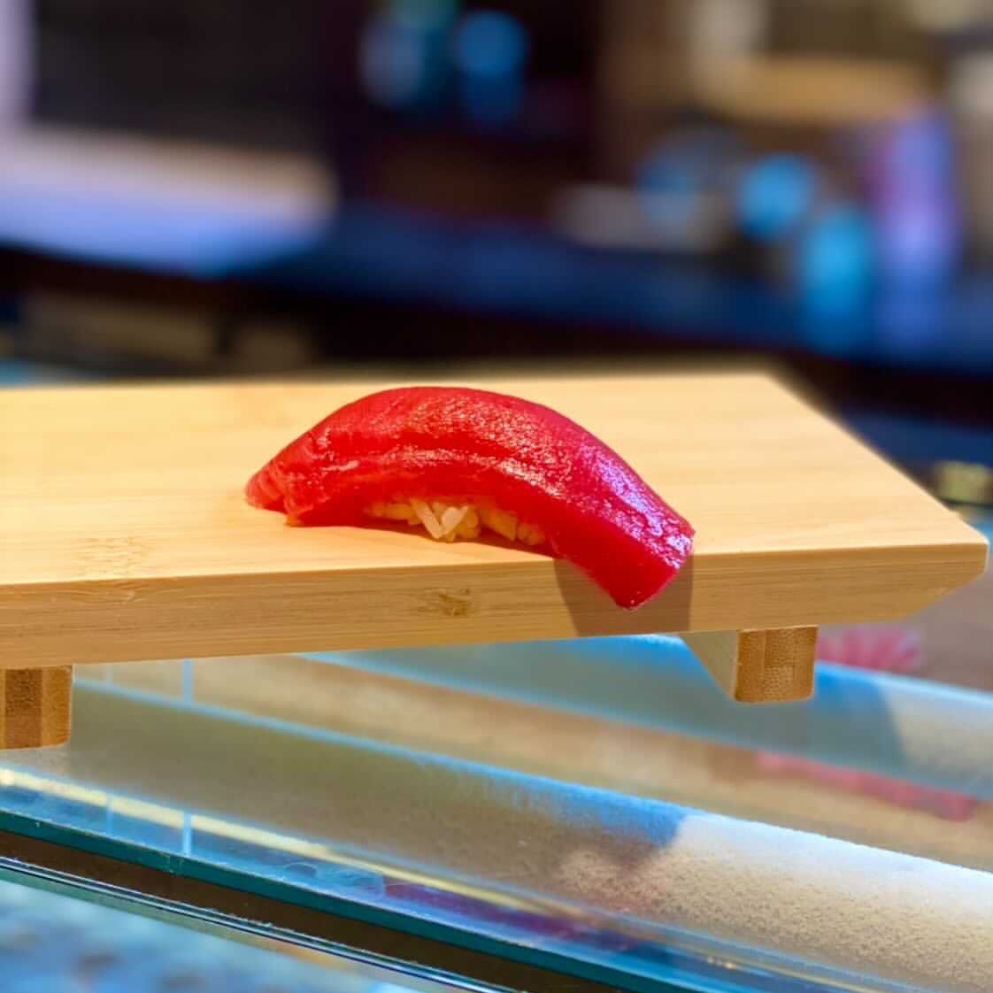 Akami tuna nigiri sushi