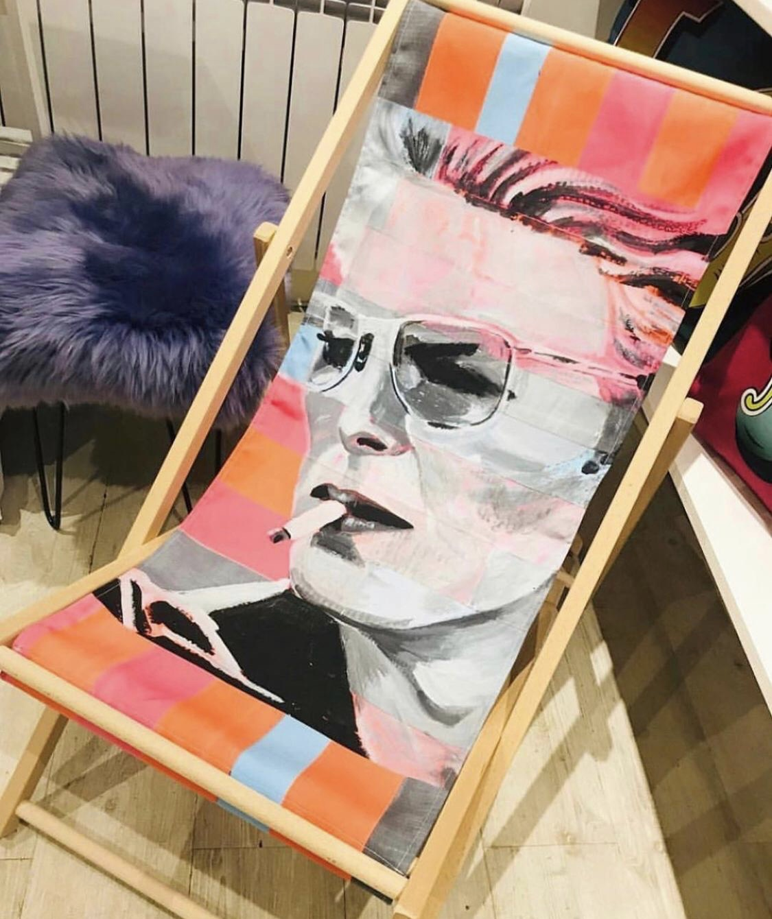 Neon Bowie - traditional deck chair