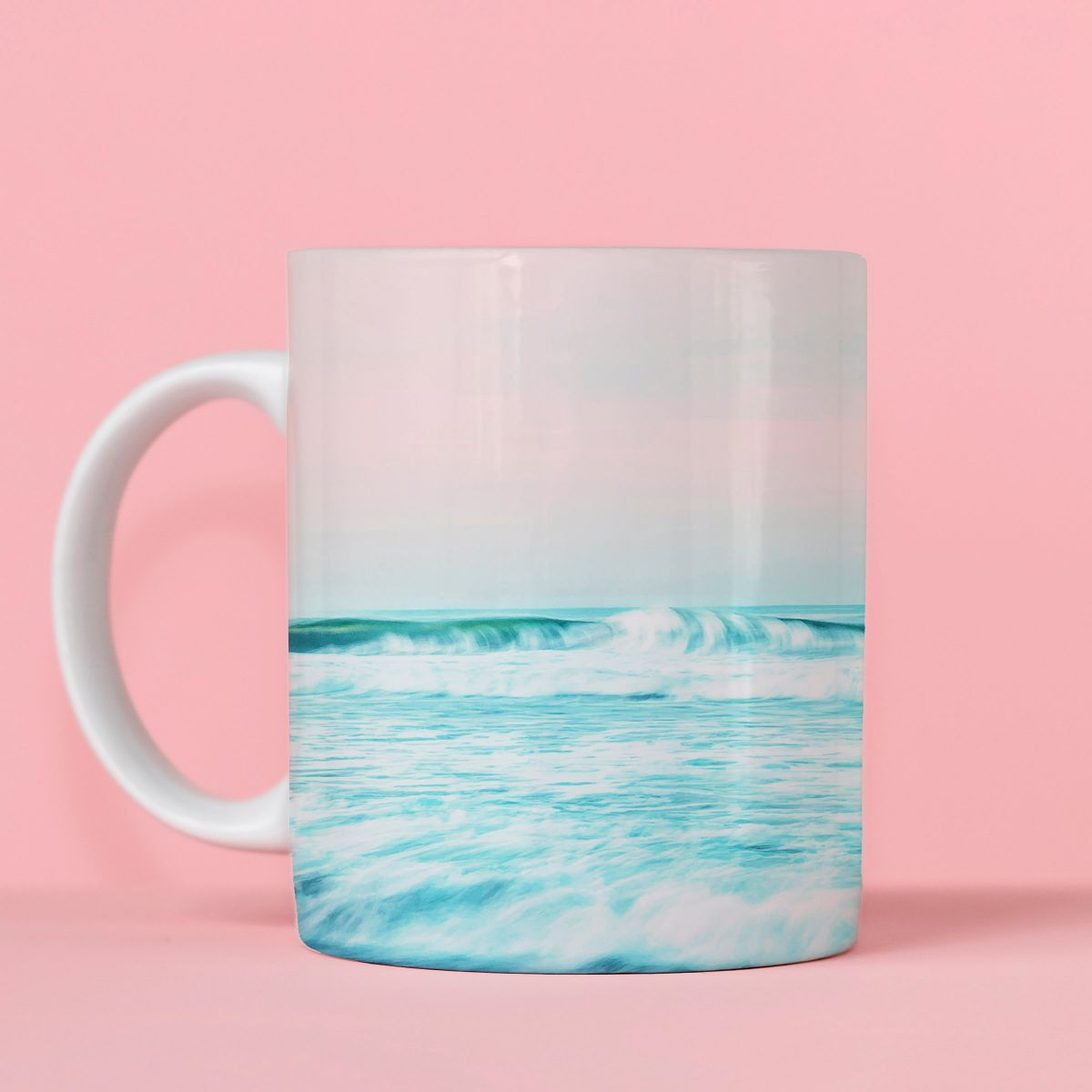 Unique mugs with your prints