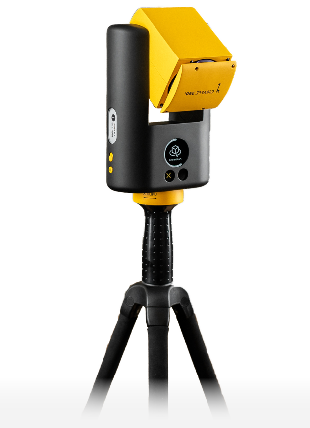 Giraffe camera with tripod
