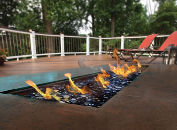 Trex® Outdoor Fire & Water™ Fire Tables