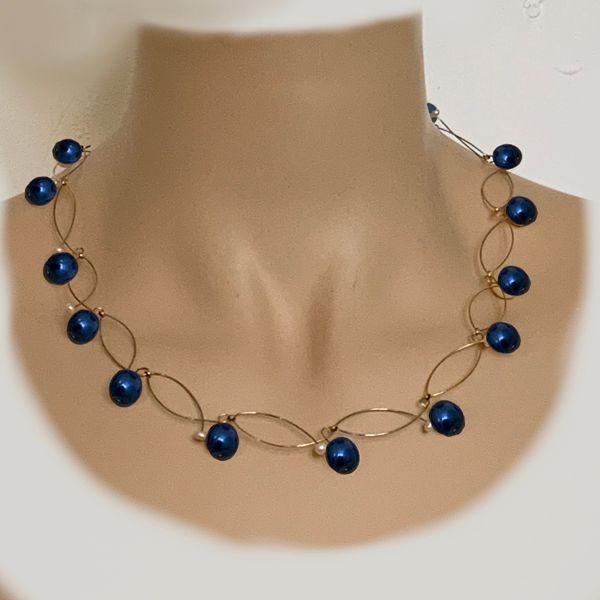 parelketting-goud-donkerblauwe-parels-tully