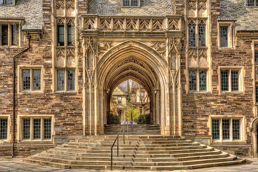 Image of archway on Princeton campus