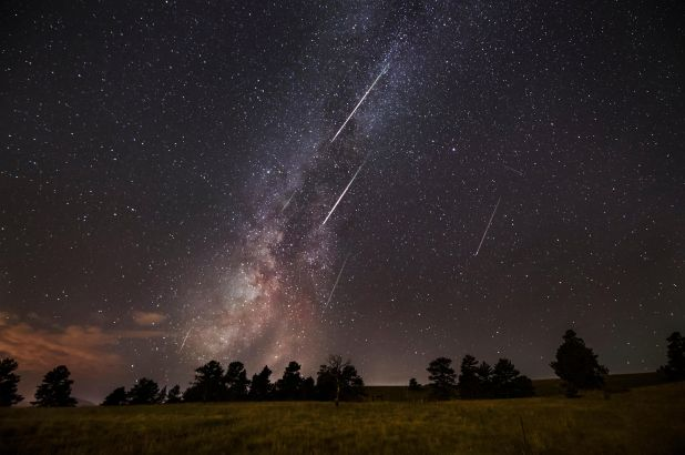 Milky Way and Perseids 2021 Leo New Moon