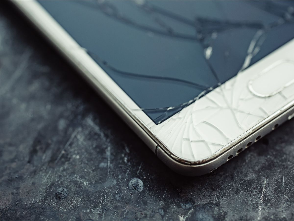 Phone with cracked screen